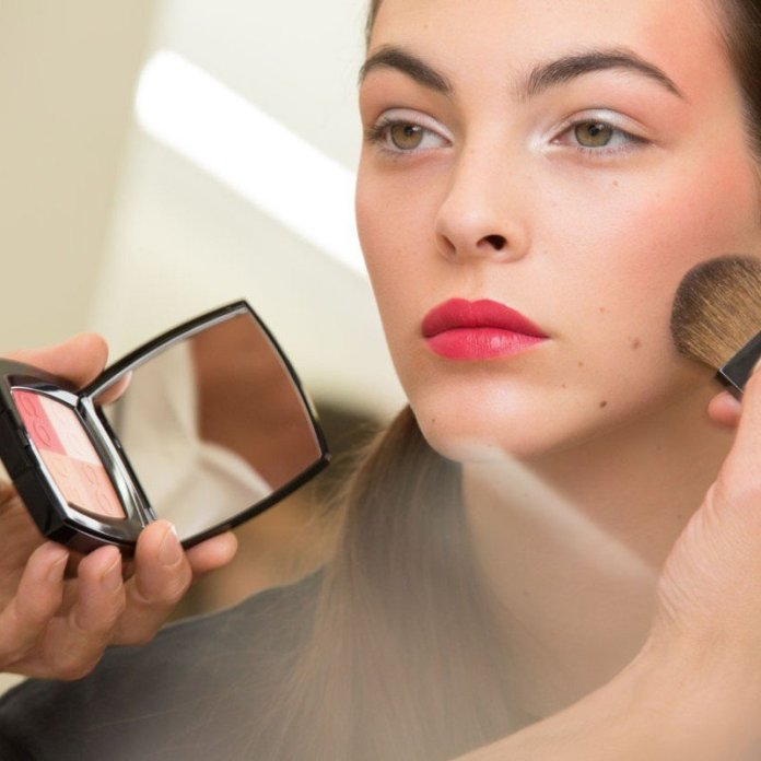 cliomakeup-collezioni-makeup-primavera-2017-1-chanel