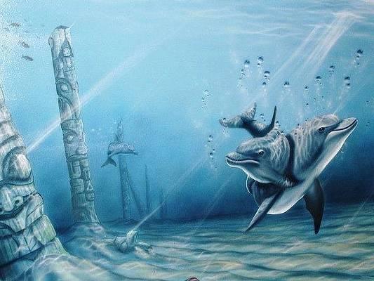underwater-dolphin-totem-pole-sanctuary-kelly-everill