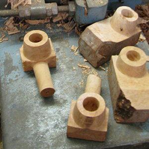 Ch. Courrieu, fabrication d'un pipe en bois en France à Cogolin en Provence-Alpes-Côte d'Azur