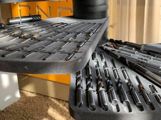 stolik na stozki CNC