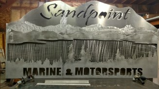aluminum sign with steel lake installed