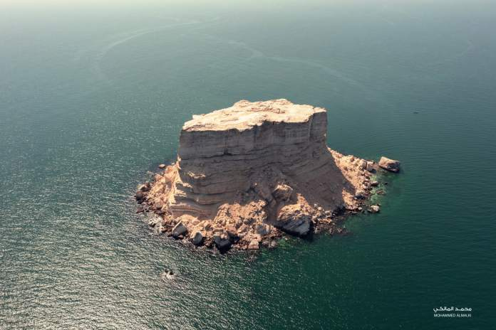 Hamr rock in the Sultanate of Oman
