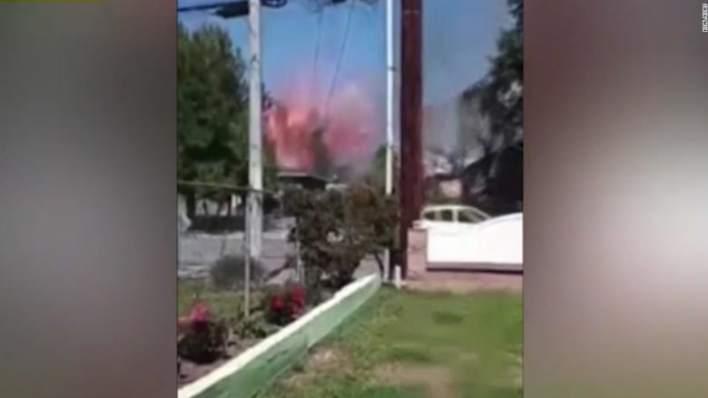 كاميرا ترصد لحظة وقوع انفجار هائل في حي سكني في كاليفورنيا