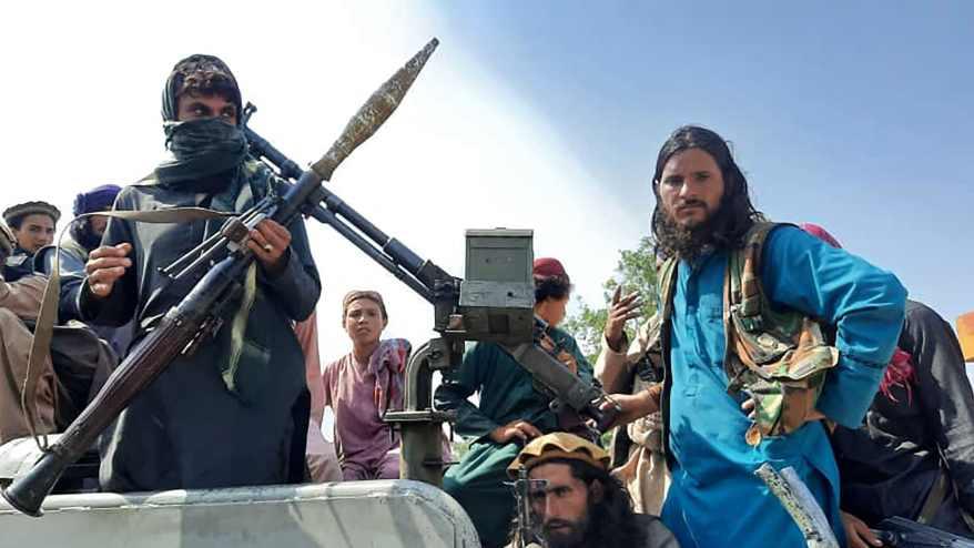 اتفاق سري.. عناصر طالبان قادوا الأمريكيين إلى بوابات مطار كابول