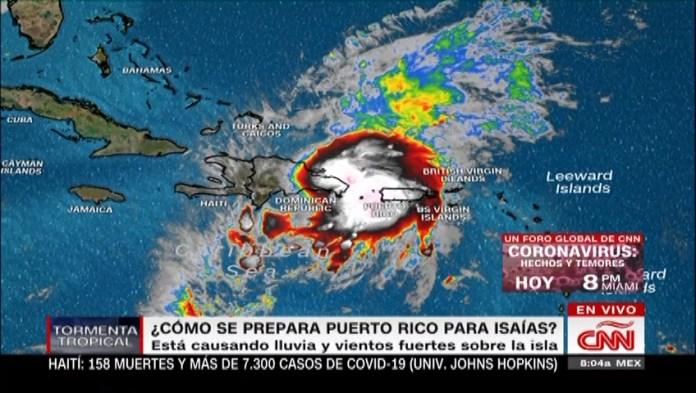 Puerto Rico, on alert for storm Isaías