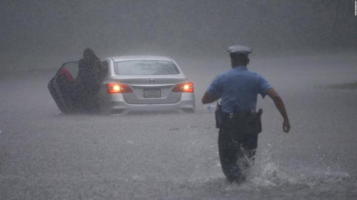 Tropical Storm Isaías hits the east coast of the United States.