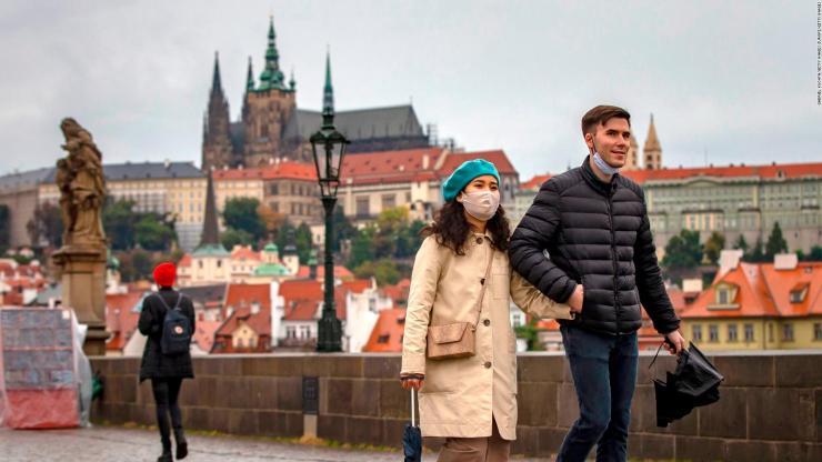 República Checa enfrenta la segunda ola de covid-19 | Video