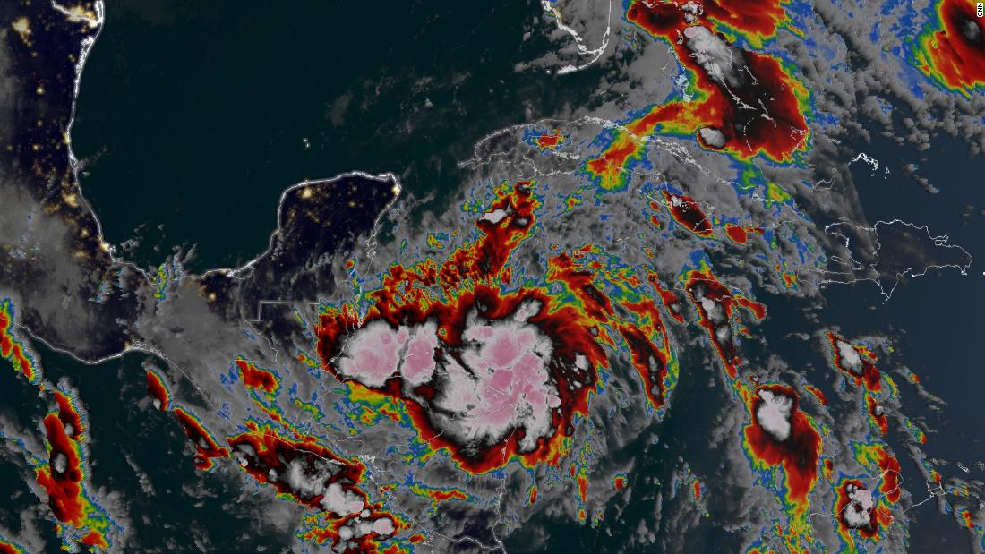 Se forma la tormenta tropical Zeta, que podría llegar a la costa del Golfo de EE.UU. a mitad de semana