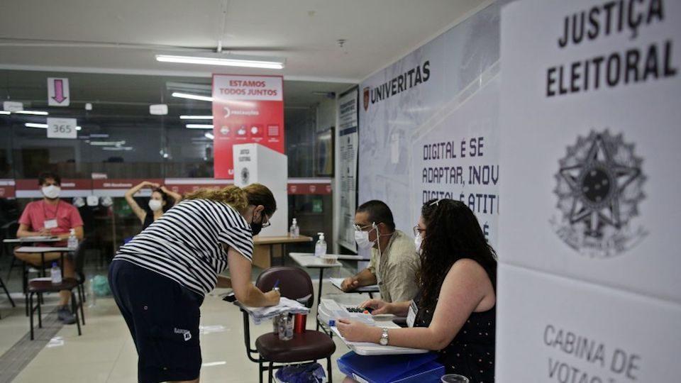 Casi 30% de abstención en las elecciones municipales de Brasil, celebradas en medio de la pandemia de coronavirus