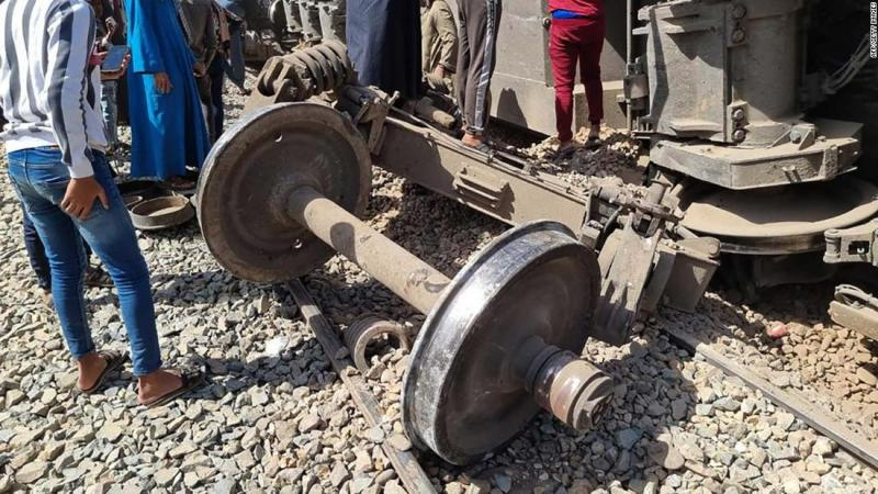 accidente-tren-egipto-2