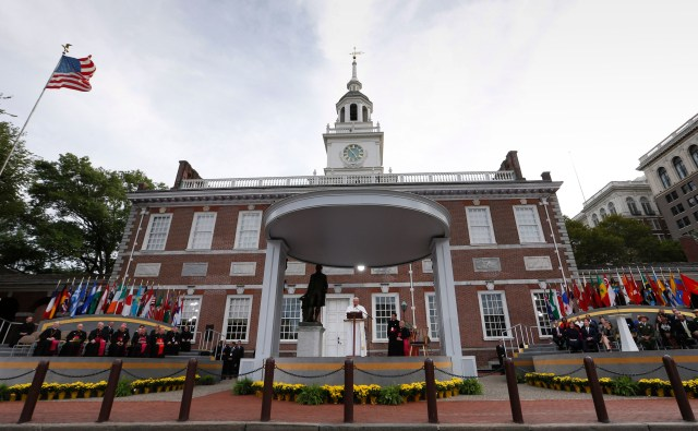 Pope Francis speaks at Independence Hall in Philadelphia Sept. 26. (CNS/Paul Haring)