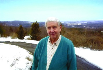 """Father Joseph Girzone, a retired priest of the Diocese of Albany, N.Y., who wrote the popular """"Joshua"""" series of novels, died Nov. 29 at age 85. (CNS/Orbis Books)"""