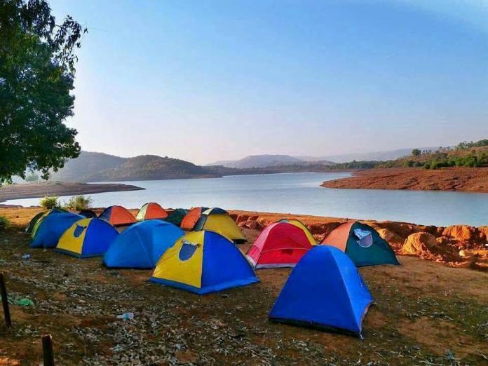 Bandhardara lake camping