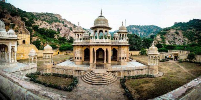 Jaipur Gaitore Ki Chhatriyan