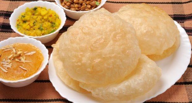 Bengali Phulko Luchi