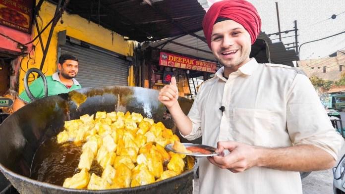 Trevor James from Food Ranger on a DEEP Street Food TOUR in Amritsar PUNJAB