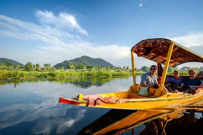 Shikara ride-Places to visit in Kashmir