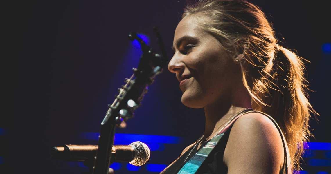 Lauren Jenkins beim C2C Festival in Berlin als Teil von Introducing Nashville und Sound of Nashville / Copyright Dörthe Bruske für CNTRY.de / No free use