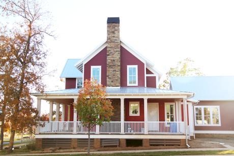 130 Stunning Farmhouse Exterior Design Ideas (14)