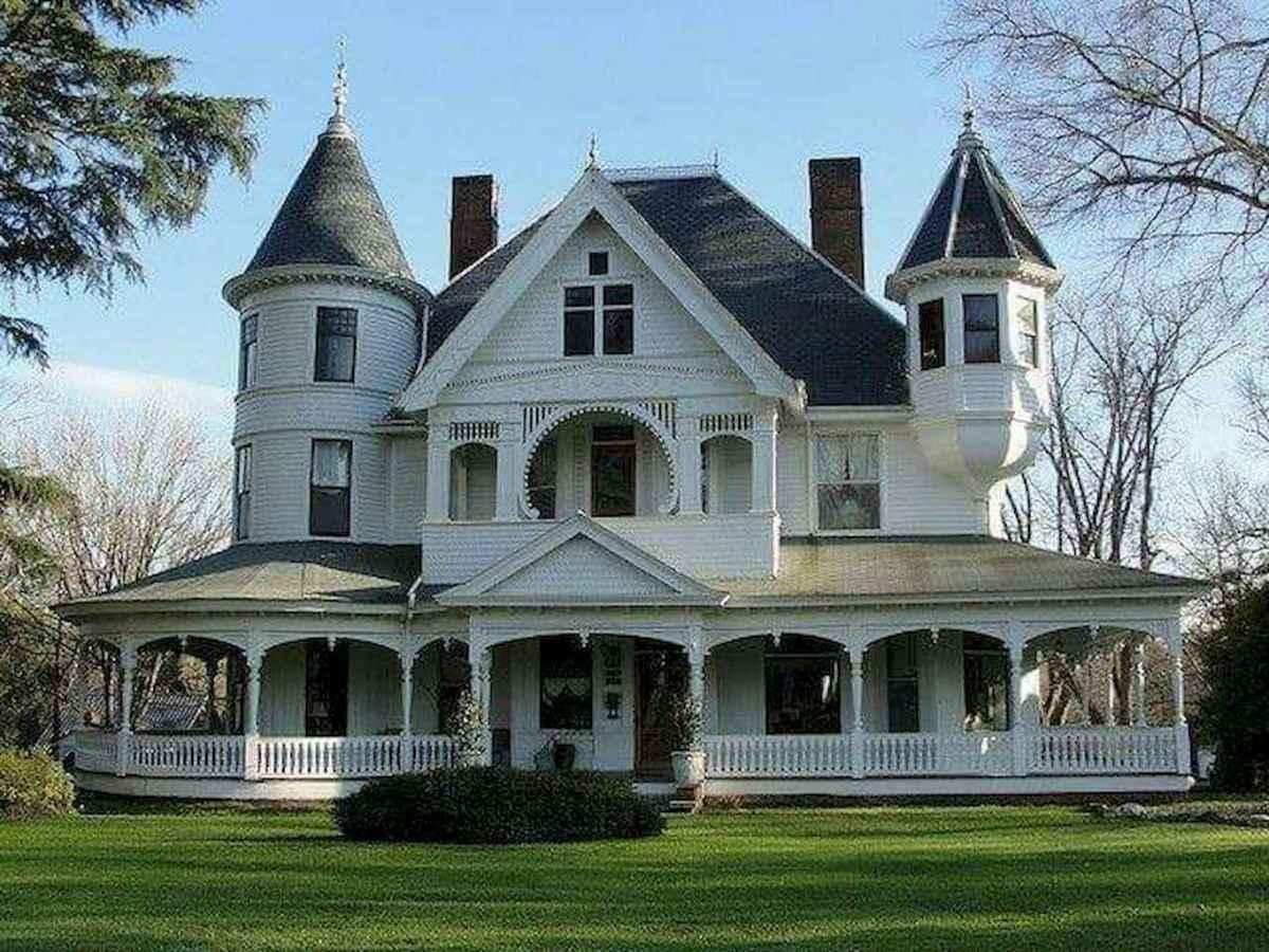 130 Stunning Farmhouse Exterior Design Ideas (45)