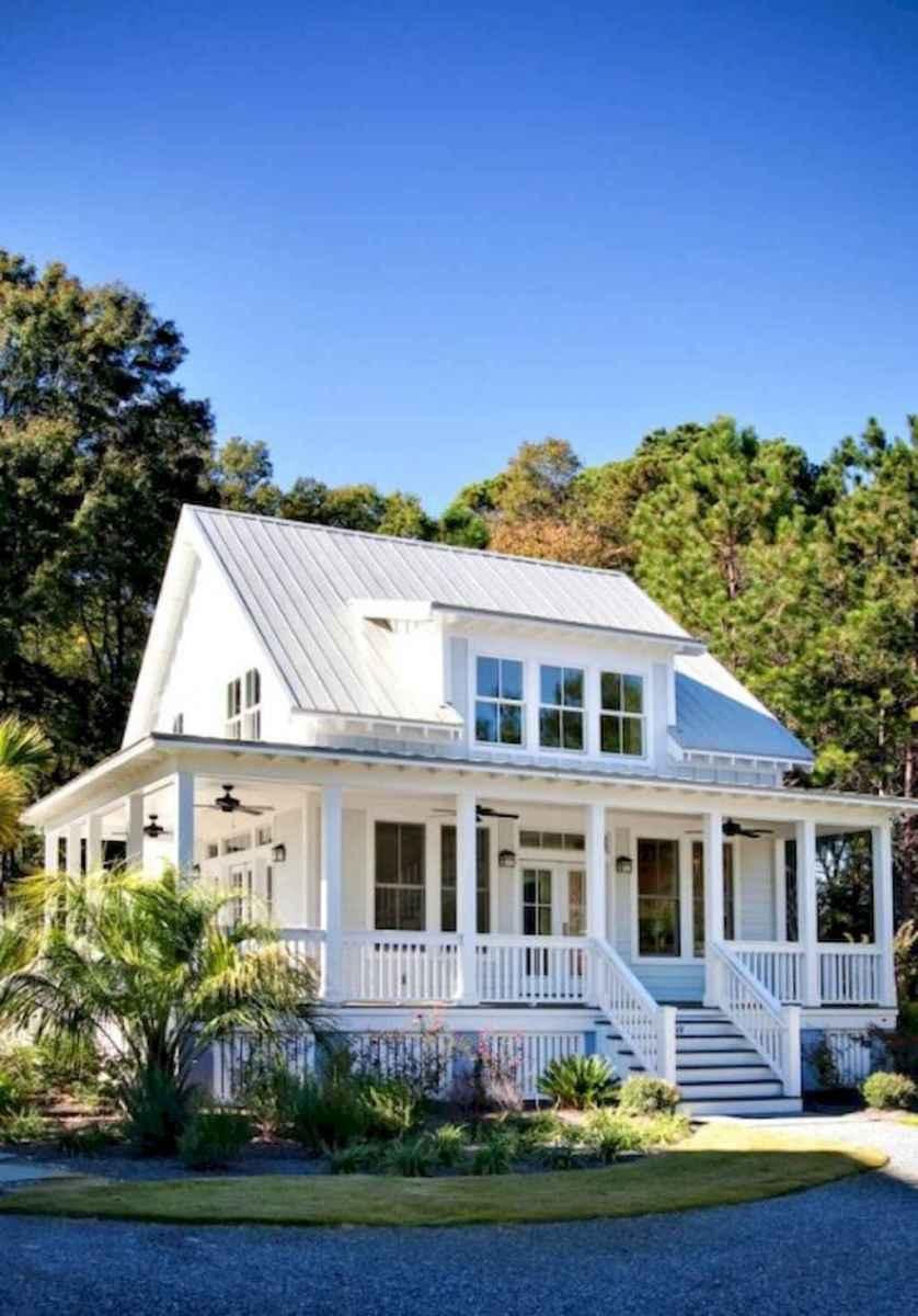 130 Stunning Farmhouse Exterior Design Ideas (54)