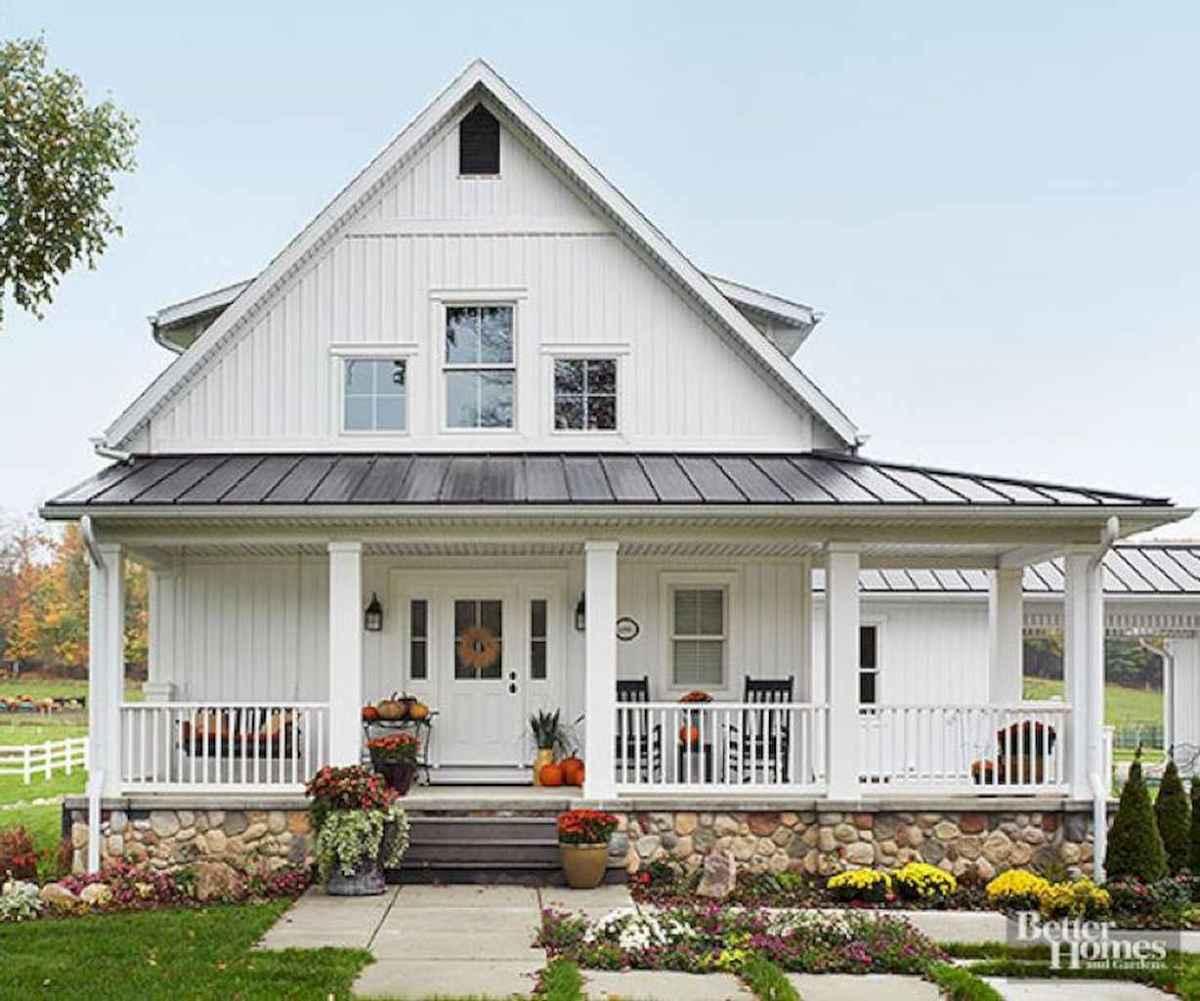 130 Stunning Farmhouse Exterior Design Ideas (82)