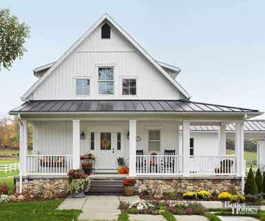 130 Stunning Farmhouse Exterior Design Ideas (82)