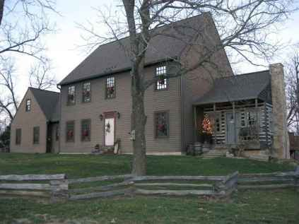 130 Stunning Farmhouse Exterior Design Ideas (93)