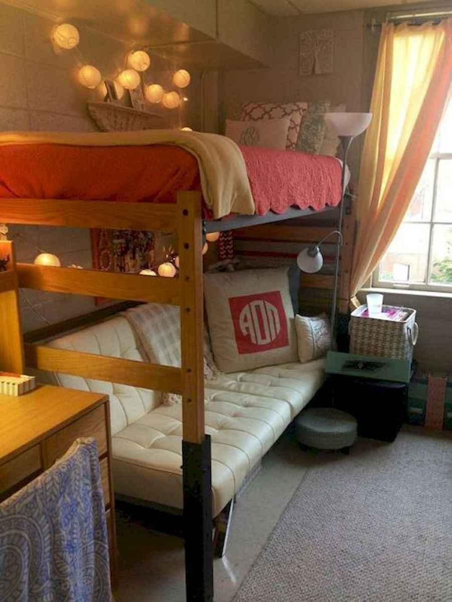 35 DIY Dorm Room Design Ideas on A Budget (30)