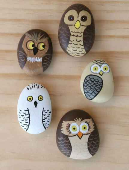50 DIY Painted Rock Ideas for Your Home Decoration (21)