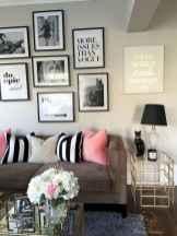 60 Inspiring DIY First Apartment Decorating Ideas (47)