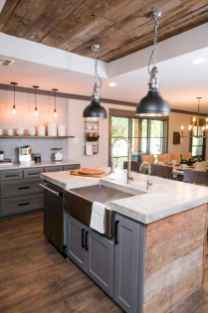 60 Inspiring Rustic Kitchen Decorating Ideas (31)