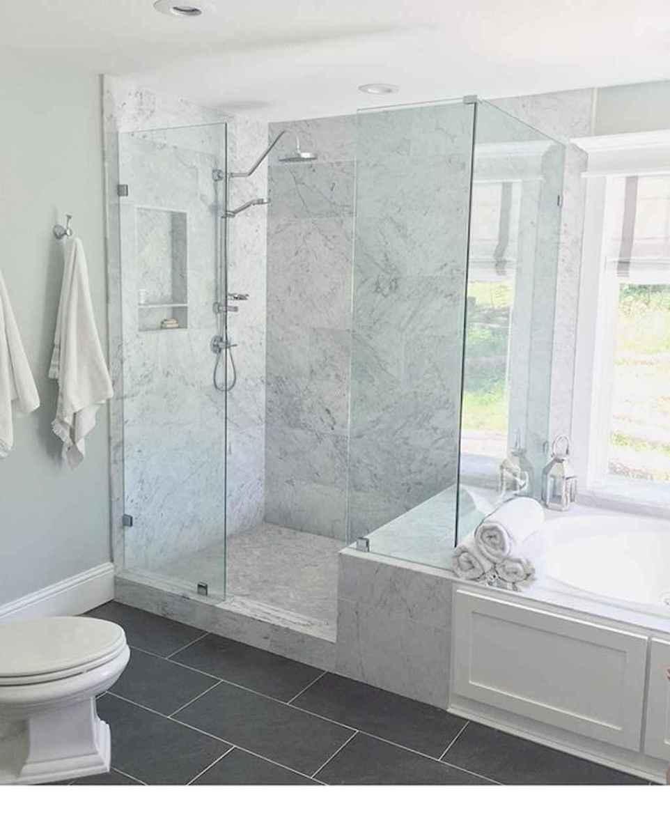 80 Amazing Master Bathroom Remodel Ideas (55)