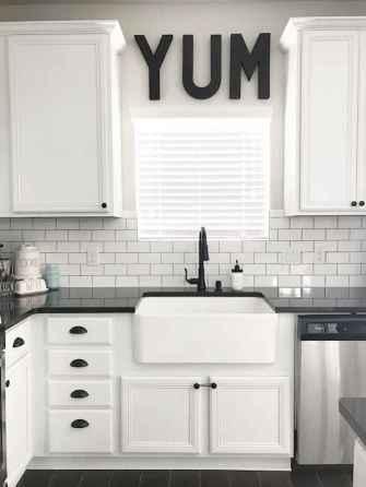 70 Beautiful Modern Farmhouse Kitchen Decor Ideas (25)