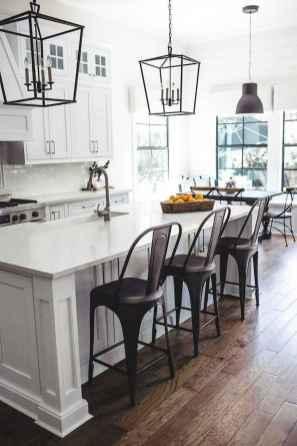 70 Beautiful Modern Farmhouse Kitchen Decor Ideas (66)