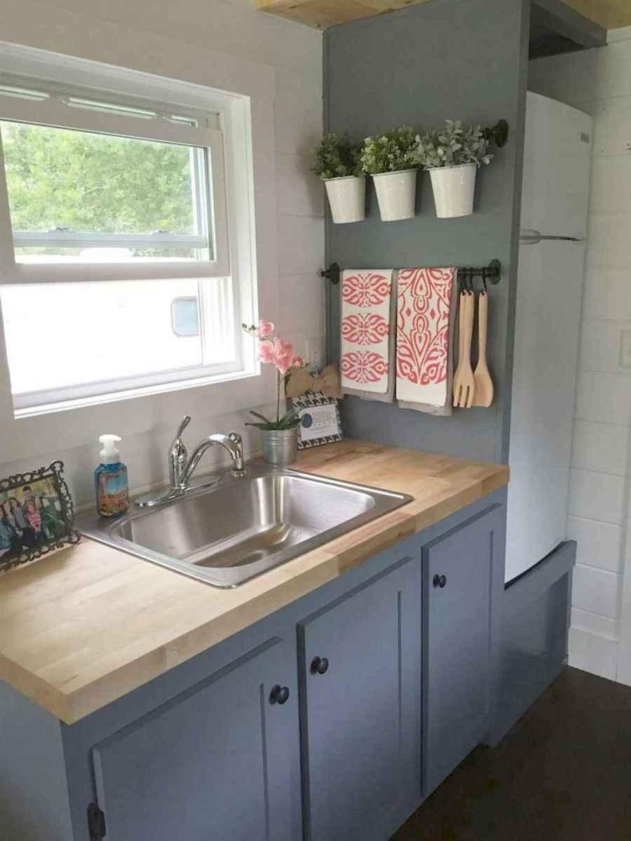 70 Brilliant Small Apartment Kitchen Decor Ideas (52 ...
