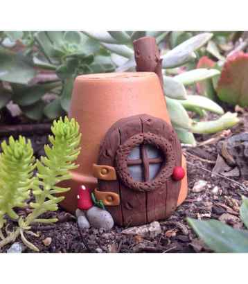 120 Easy And Simply To Try DIY Polymer Clay Fairy Garden Ideas (116)