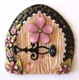 120 Easy And Simply To Try DIY Polymer Clay Fairy Garden Ideas (58)
