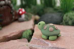 120 Easy And Simply To Try DIY Polymer Clay Fairy Garden Ideas (9)