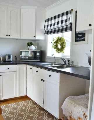 70 Best Farmhouse Kitchen Curtains Decor Ideas (13)