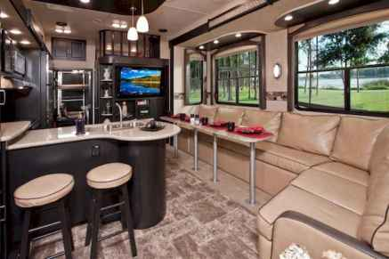 70 Brilliant RV Living Iinterior Remodel Ideas On A Budget (36)