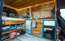 70 Brilliant RV Living Iinterior Remodel Ideas On A Budget (6)