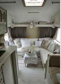 70 Brilliant RV Living Iinterior Remodel Ideas On A Budget (8)