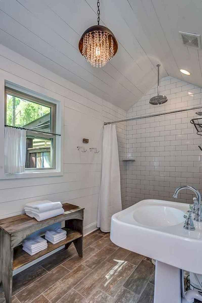 80 Best Farmhouse Tile Shower Ideas Remodel (139)