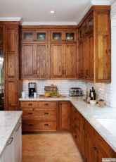 90 Best Farmhouse Kitchen Cabinet Design Ideas (180)