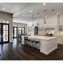 100 Elegant White Kitchen Cabinets Decor Ideas For Farmhouse Style Design (21)