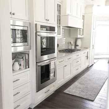 100 Elegant White Kitchen Cabinets Decor Ideas For Farmhouse Style Design (5)