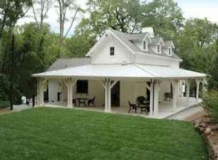 110 Beautiful Farmhouse Porch Decor Ideas (61)