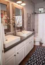 50 Amazing Farmhouse Bathroom Vanity Decor Ideas (102)