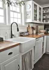 90 Best Farmhouse Kitchen Cabinet Design Ideas (63)